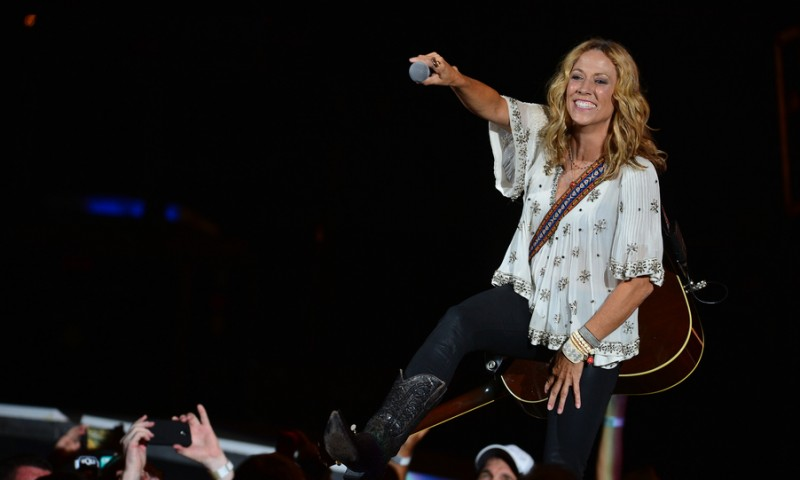 WEST PALM BEACH, FL - SEPTEMBER 13: Sheryl Crow performs at Cruzan Amphitheatre on September 13, 2014 in West Palm Beach, Florida. (Photo by Johnny Louis/WireImage)