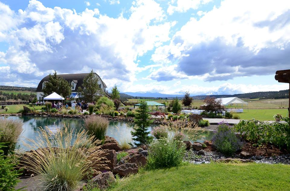 Live at the Vineyard: Bookends @ Faith, Hope and Charity Vineyards | Terrebonne | Oregon | United States