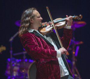 Concert Rock Violinist Aaron Meyer @ Sunriver Resort Homestead